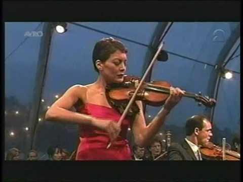 Anne Akiko Meyers Saint-Saens 'Rondo Capriccioso' Royal Concertgebouw Orchestra