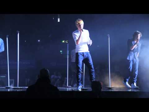 One Direction: X Factor Live Tour (Video Diary)