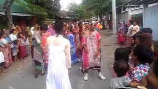 Gerak Jalan Lucu - Desa Lenek Kecamatan Aikmel