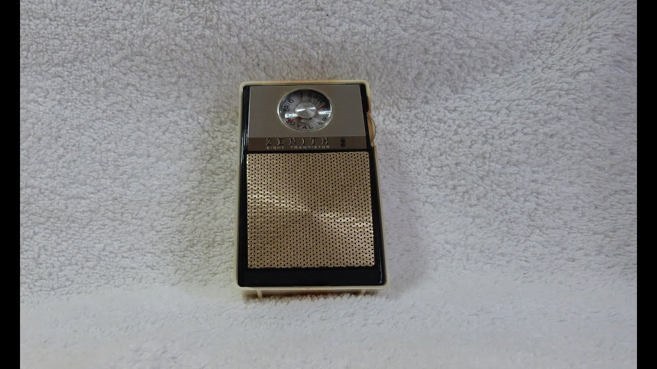 1965 Zenith Royal 59 Transistor Radio  Assembled In Usa
