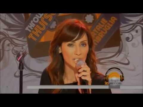 Natalie Imbruglia - Instant crush (live)
