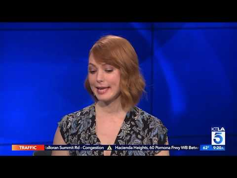 Alicia Witt Sings In Her New Hallmark Movie