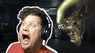 IS ANYBODY THERE!? | Alien Isolation (Part 1) Playthrough