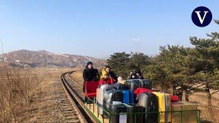 Diplomáticos rusos abandonan Corea del Norte con una vagoneta manual