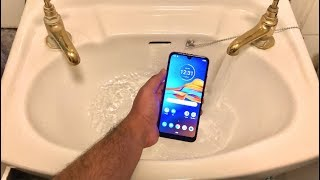 motorola Moto E6 Plus - Water Test HD