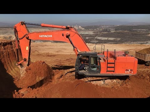 Hitachi Zaxis 670LCR Excavator Loading Trucks With Three Passes - Anogiatis