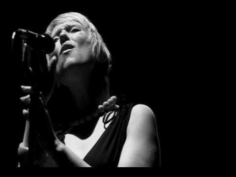 Gwyneth Herbert - Rock n Roll Suicide