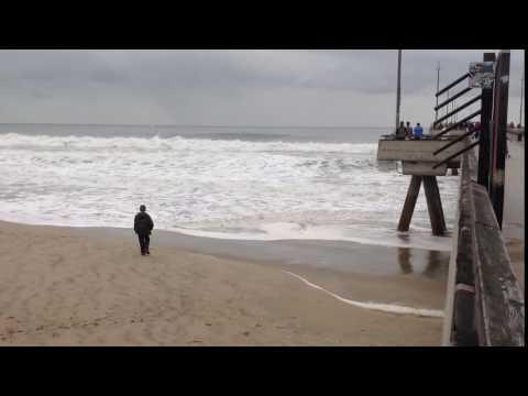 Manhattan Beach Pier Surf, March 2, 2014: The Video