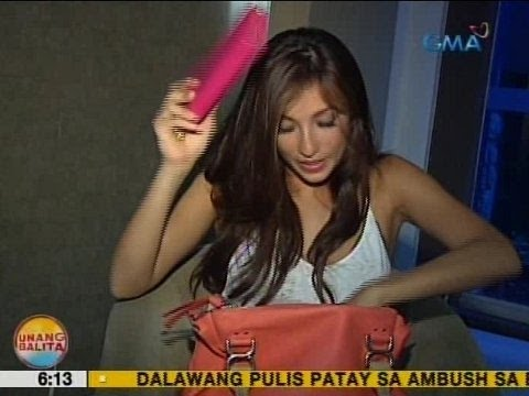 UB: Must-haves sa bag ni Solenn Heusaff