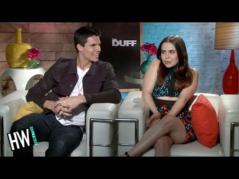 Mae Whitman & Robbie Amell Talk Make Out ! The DUFF