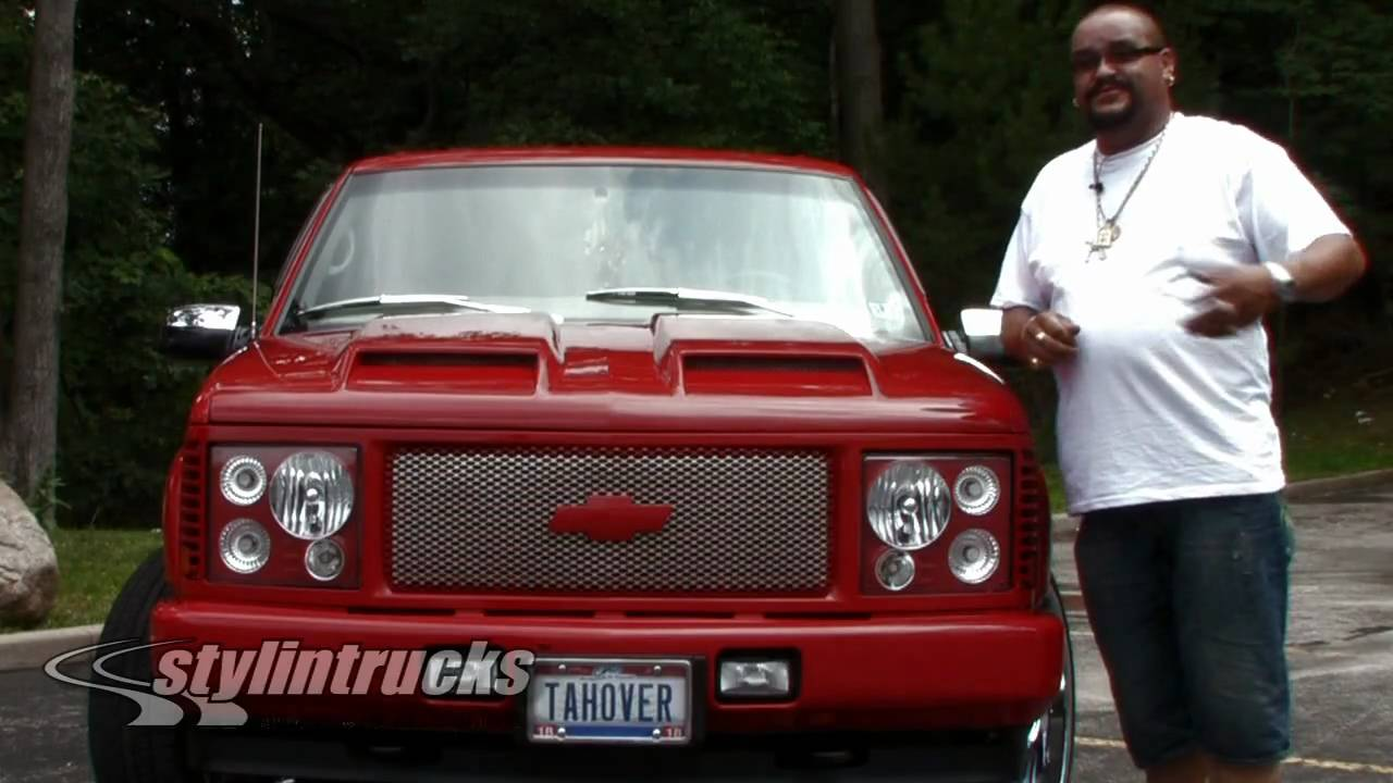 Range Rover Truck >> Stylin' Trucks' Customer Biography: Moises Quintana and his 2000 Chevy Tahover - YouTube