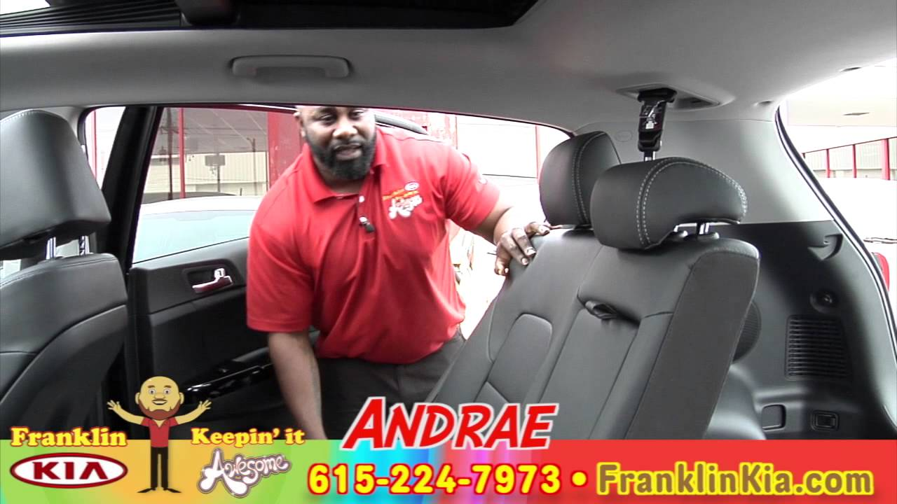 first look 2017 kia sportage walk a round with andrae. Black Bedroom Furniture Sets. Home Design Ideas