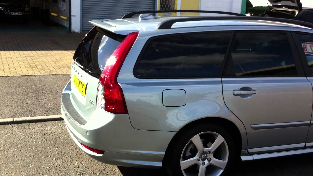 volvo v50 with medium tints on all rear windows youtube. Black Bedroom Furniture Sets. Home Design Ideas
