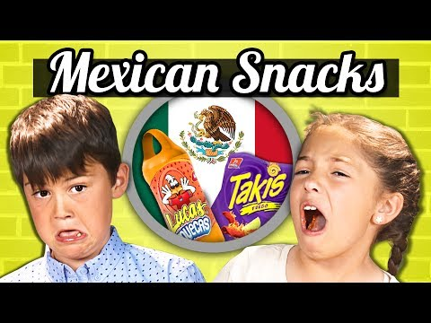 KIDS VS FOOD: KIDS EAT MEXICAN SNACKS