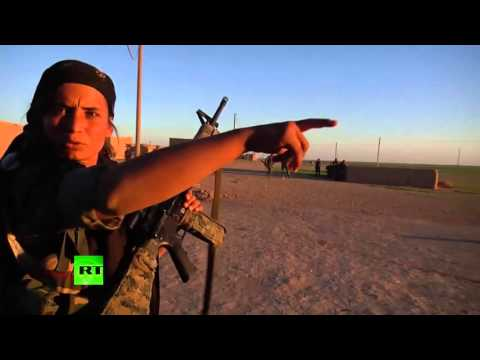 Female fighters combat footage: Women take part in battle against ISIS in Syria