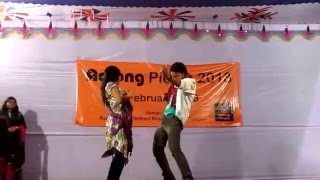 """The best """"Rowdy Rathore"""" Dhadang Dhang Dhang Dance Performance on stage"""