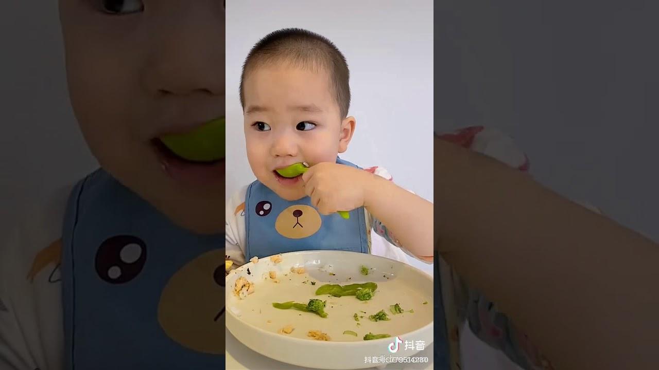 胎儿一个月有多大_两岁宝宝的饭量有多大?影片专治食欲不振及心情郁闷#石头吃饭 ...