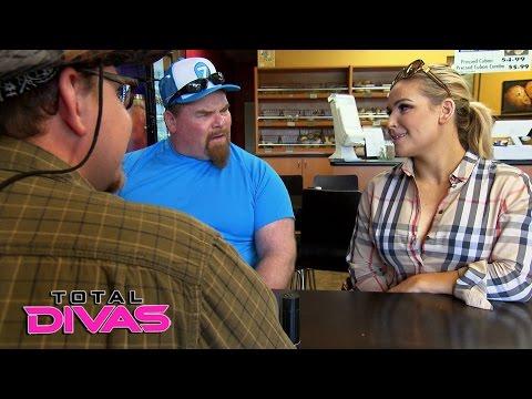 Natalya & Jim Neidhart interview people for the cooking class: Total Divas Bonus Clip, Dec. 20, 2016