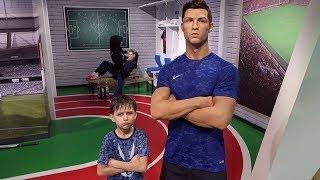 Be Like Cristiano Ronaldo CR7 - Madame Tusssaud Family Fun