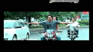 Thulli Ezhunthathu Kadhal Movie Trailer