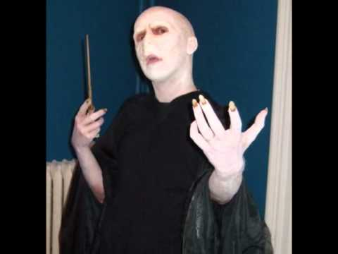Voldemort makeup and costume youtube voldemort makeup and costume solutioingenieria