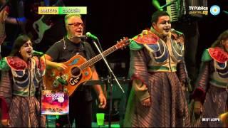 Agarrate Catalina y León Gieco - Festival de Cosquín 2014 - Séptima luna (8 de 9)