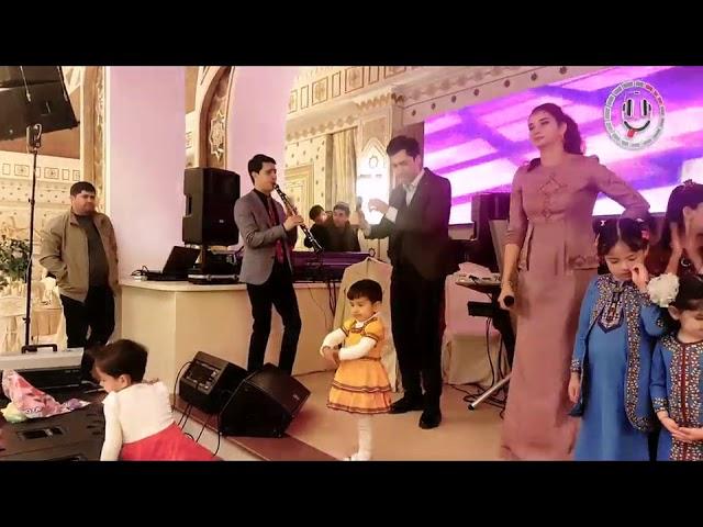 Azat Donmezow ft Mahri Pirgulyyewa   Kustdepdi Janly ses (turkmen toy 2018)