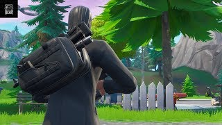 Le 'NEW' Assassin Pack Back Bling In Fortnite Battle Royale présenté avec 309 outfits!