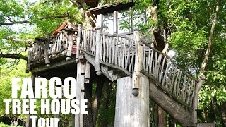 A Dream Tree House near Fargo, ND- Pete Nelson Tiny House in A Tree