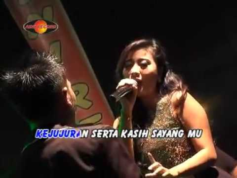 gerry-mahesa-feat-ayu-octavia-hanya-satu-official-music-video-the-rosta-aini-record