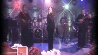 Gloria Estefan merry christmas darling.flv