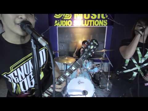JB Music Live Sessions Primer Episode: Eleyn - With Eyes Wide Shut