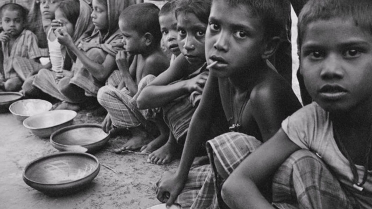 poverty essays kids Causes and effects of poverty any discussion of social class and mobility would be incomplete without a discussion of poverty , which is defined as the lack of the minimum food and shelter necessary for maintaining life.