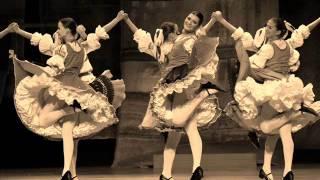 DSSk Povoja a OĽuN - Šamudovske dzifčata (Slovak Folk Songs)