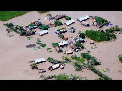 Assam Floods : 90,000 people in 257 villages across 7 districts affected | Oneindia News