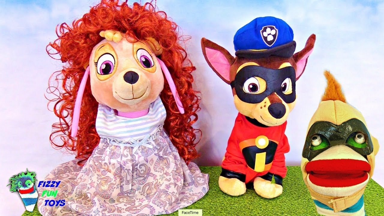 Learning Video For Kids Fizzy Plays Dress Up With Baby Paw