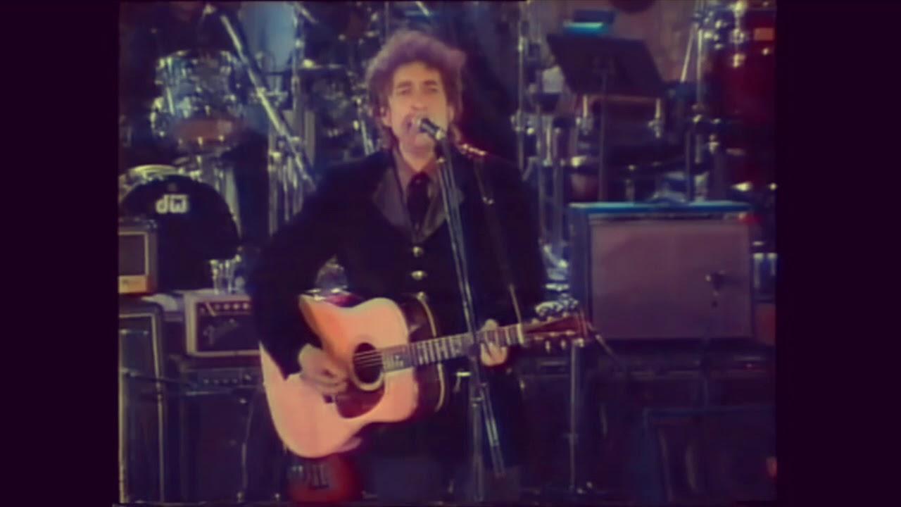 """Download Bob Dylan -  """"Ring Them Bells"""" (Live Japan 1994)"""