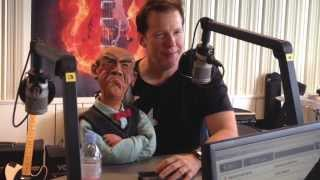 Bandit Rock: - Are you gay? Jeff Dunham och Walter hälsade på. (Sweden/Sverige)