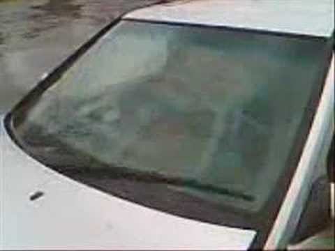 Mercedes benz e class w124 single windshield wiper youtube for Mercedes benz windshield wipers