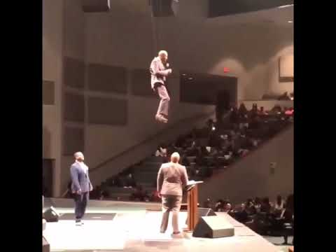 Sharon Green - Pastor Enters Church On A Zipline!