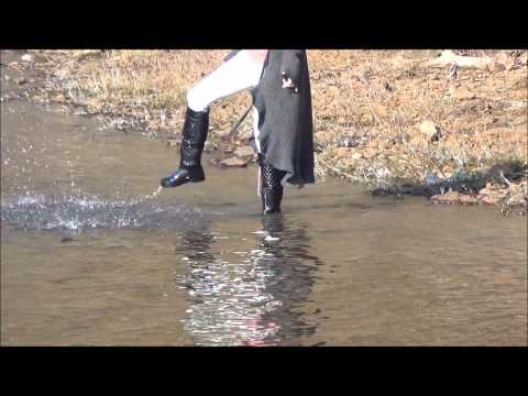 Walking by the Allier River 3 (Wetlook).wmv