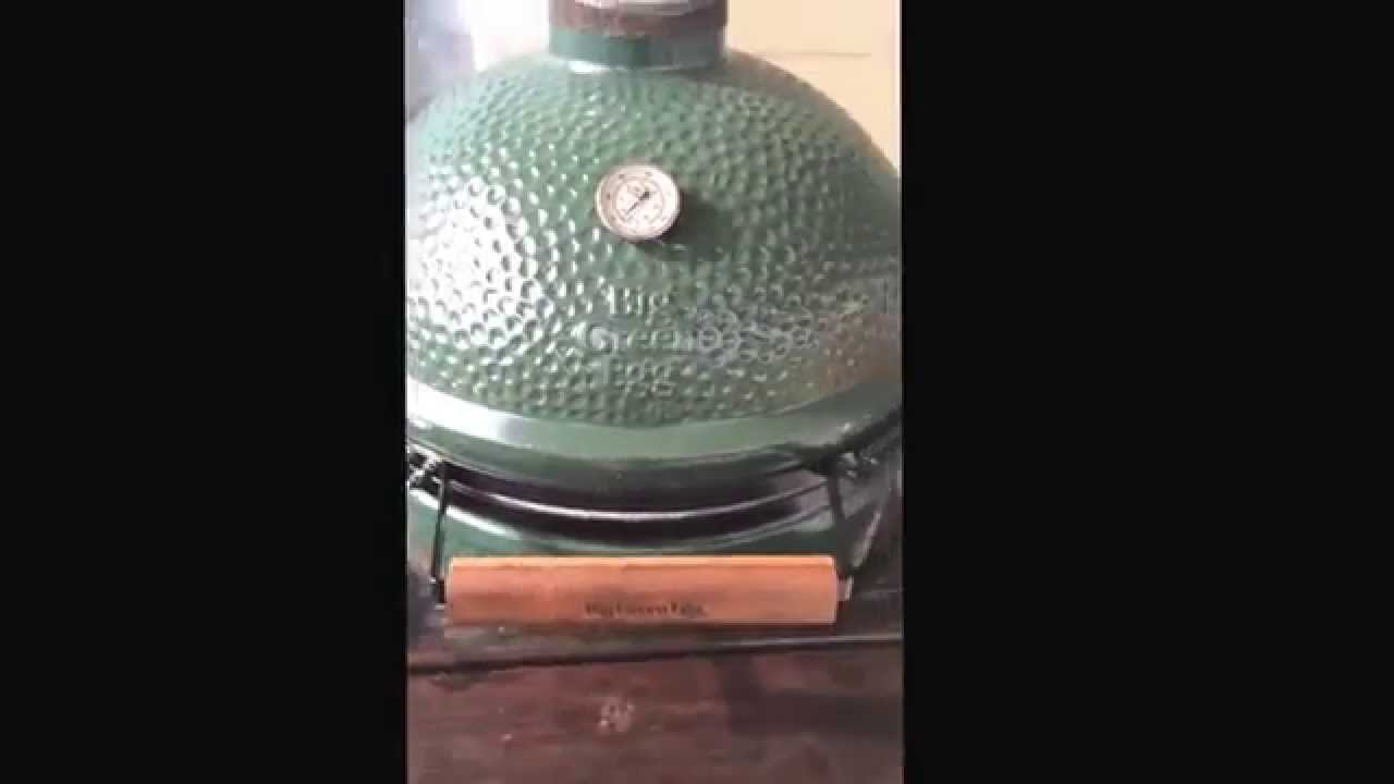 Big Green Egg Beer Can Chicken pt1 - YouTube