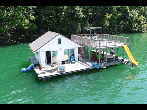 480sqft Floating Cottage For Sale on Norris Lake TN