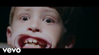 Смотреть клип 93Punx, Vic Mensa - Camp America