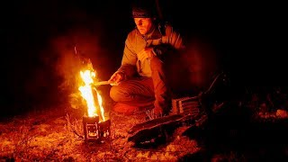 Camping Overnight under the Starry Sky, and Relaxing to the Sound of Fire