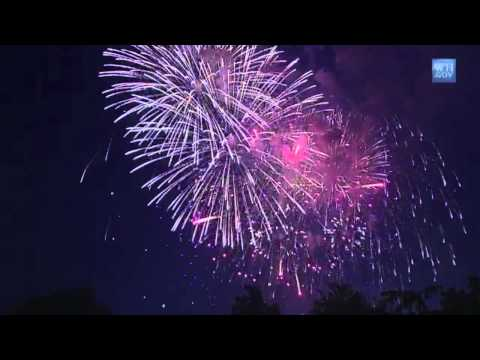 Fireworks with Patriotic Music Soundtrack  US Military Bands
