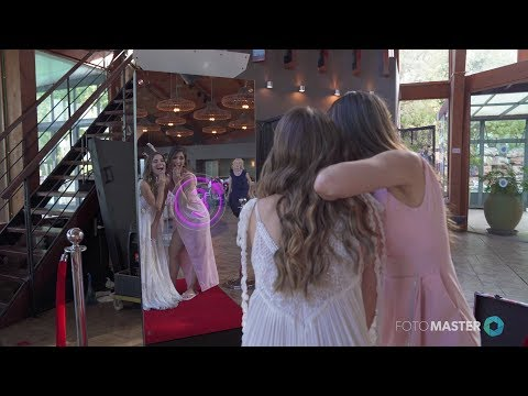 Mirror X Booth at Events: A Wedding