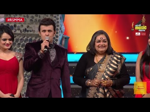 Usha Uthup receives the lifetime achievement award at the Royal Stag Mirchi Music Awards | #RSMMA