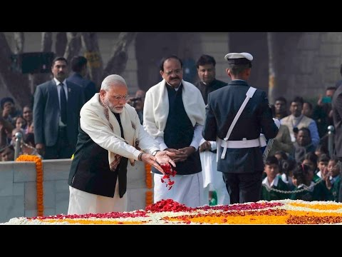 President, PM pays tribute to Mahatma Gandhi on 69th death anniversary