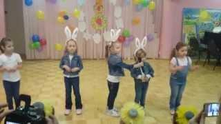 Скачать Три веселых зайчика
